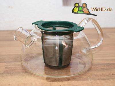 Glas Teekanne mit Sieb.