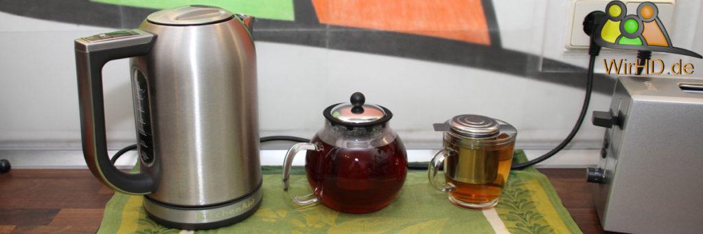 Design Teekanne Teebereiter mit großem Teesieb aus mattiertem Edelstahl NEU