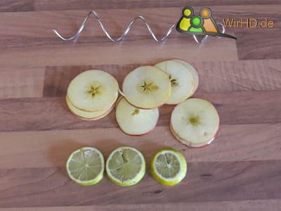 Passende Größe des Obst für den Fruchtspieß, Edelstahl Spieß.