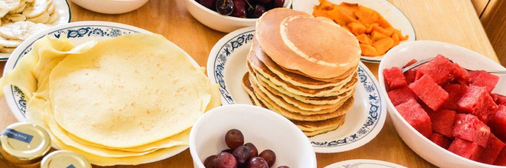 Leckere Pfannkuchen zum Frühstück.