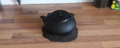 Gusseiserne Teekanne.