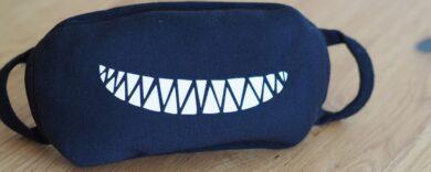 Lustige Alltagsmaske online kaufen, witziger Mundschutz, Maske mit Gesicht, Mundmaske mit Mund, lustige Motive, witziger Mundschutz, Mund- und Nasenschutz bestellen, Mundschutz zum Lachen