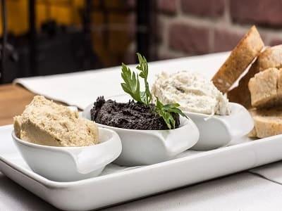 Knoblauchpasten, Paste, Pasten, Knoblauch, Brot