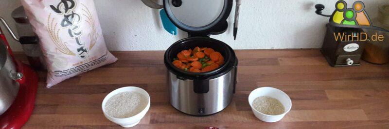 Reiskocher mit Dampfgarer, Reiskocher mit Dämpfeinsatz.